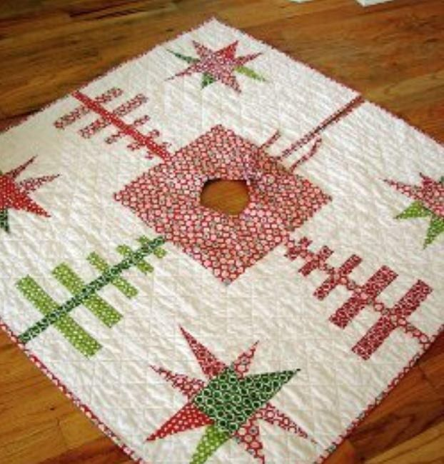 Evergreens And Stars Quilted Tree Skirt Christmas Tree Skirts Patterns Modern Christmas Tree Tree Quilt Pattern