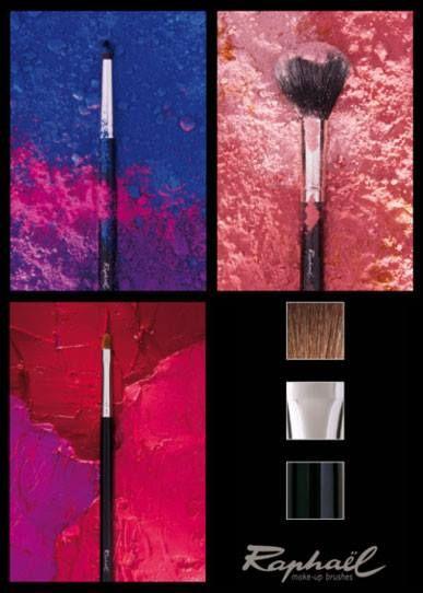 Pinceaux maquillage de qualité, pour les professionnels ou les débutants. Virole en laiton nickelé, manche en bois de tilleul et poils ultra-doux naturels ou synthétiques.