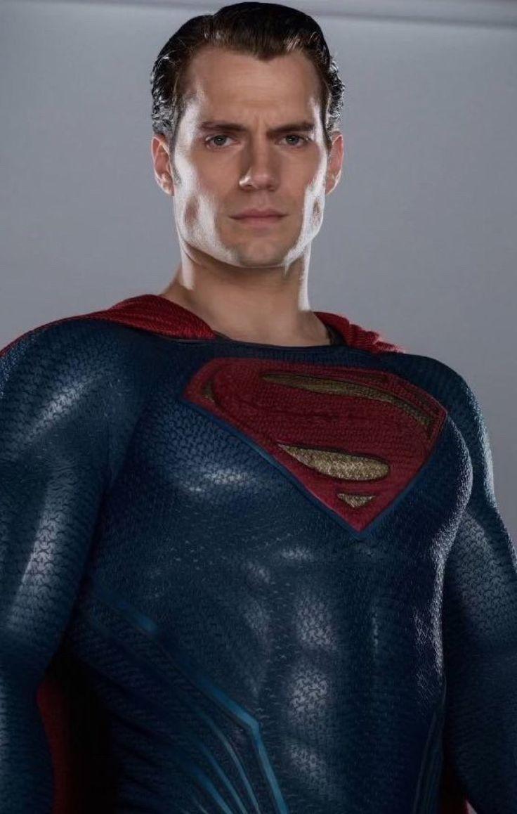 Superman-Henry Cavill