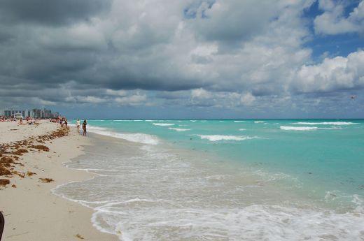d day beach sand art
