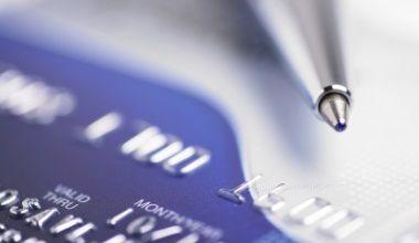 Situatie inedita: o banca pacalita de un client care si-a facut un credit nelimitat fara dobanda