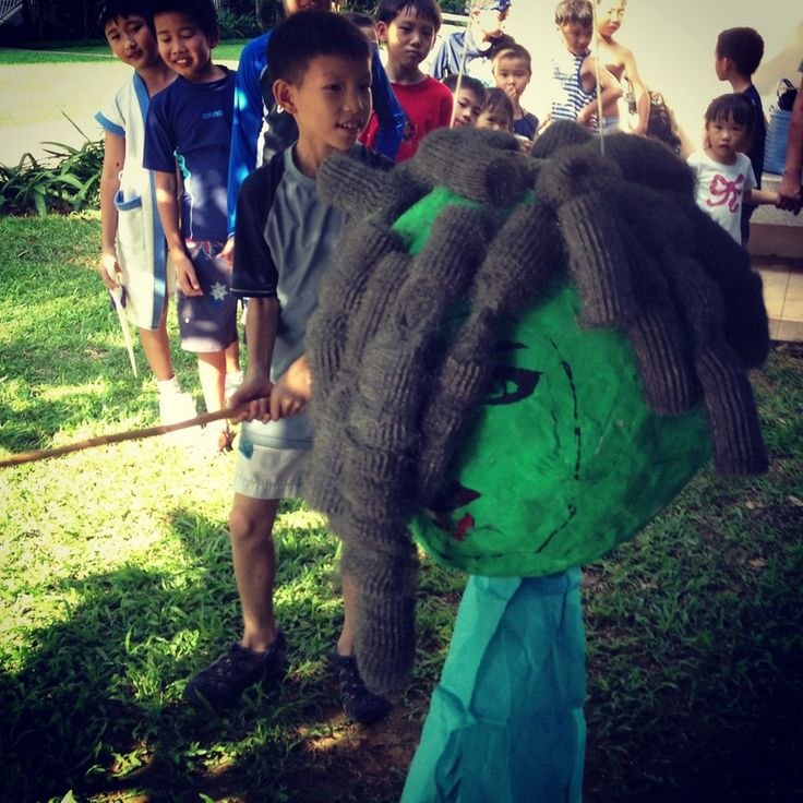 Slay Medusa piñata - A Crafty Percy Jackson Birthday Party | MalMal Our Inspiration