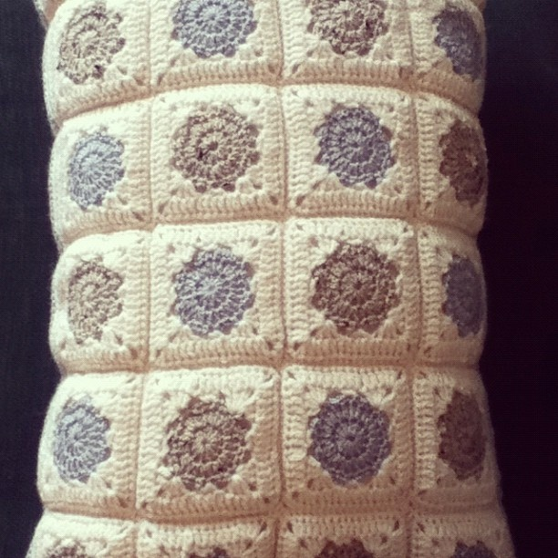 Squircle square cushion. Crochet CushionsCrocheted BlanketsCurtainsDiy ... & 51 best Crochet - Pillows Cushions images on Pinterest | Cushions ... pillowsntoast.com