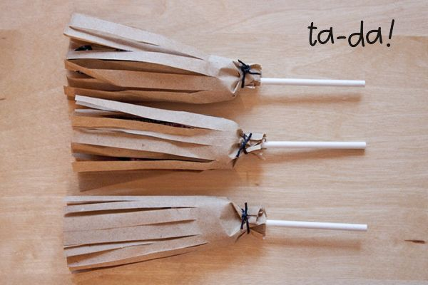 Cute broom lollies, Christmas in Italy craft (treat)