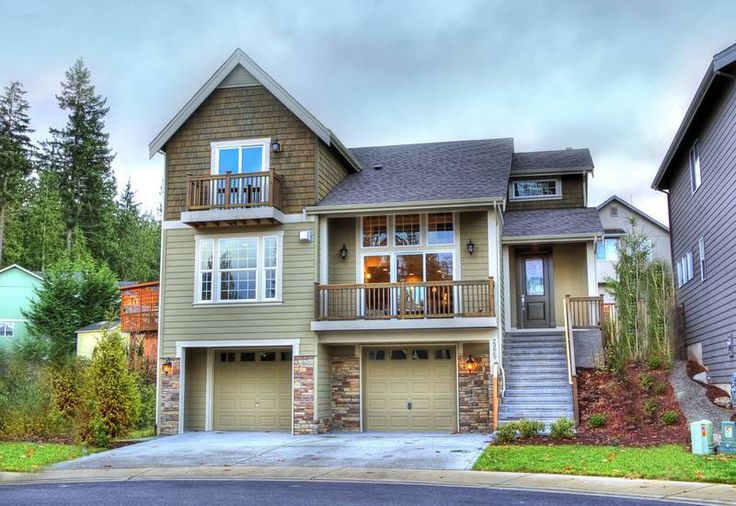 351 best images about craftsman on pinterest house plans for Two story garage with loft