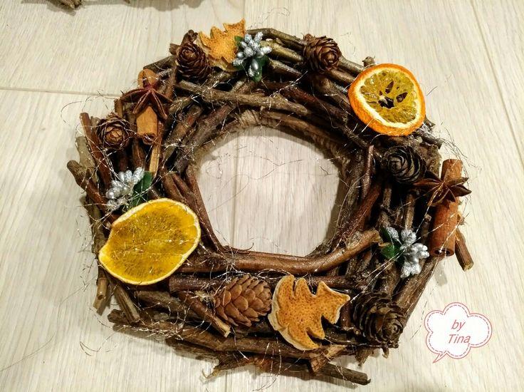 Venček z drievok-wreath