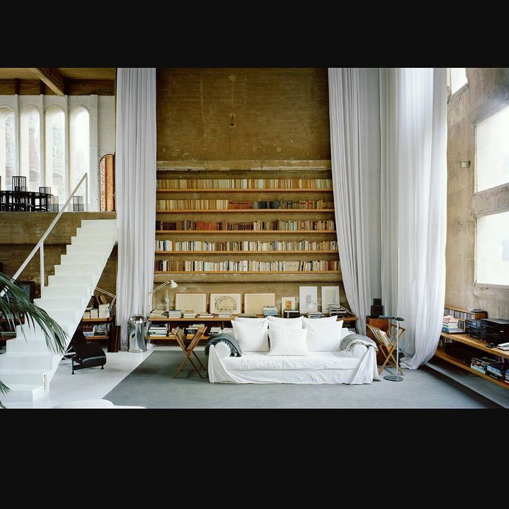Consulta Esta Foto De Instagram Industrialinterior O 99 Me Gusta Personal LibraryIndustrial InteriorsShowroomLibrariesWorkshop