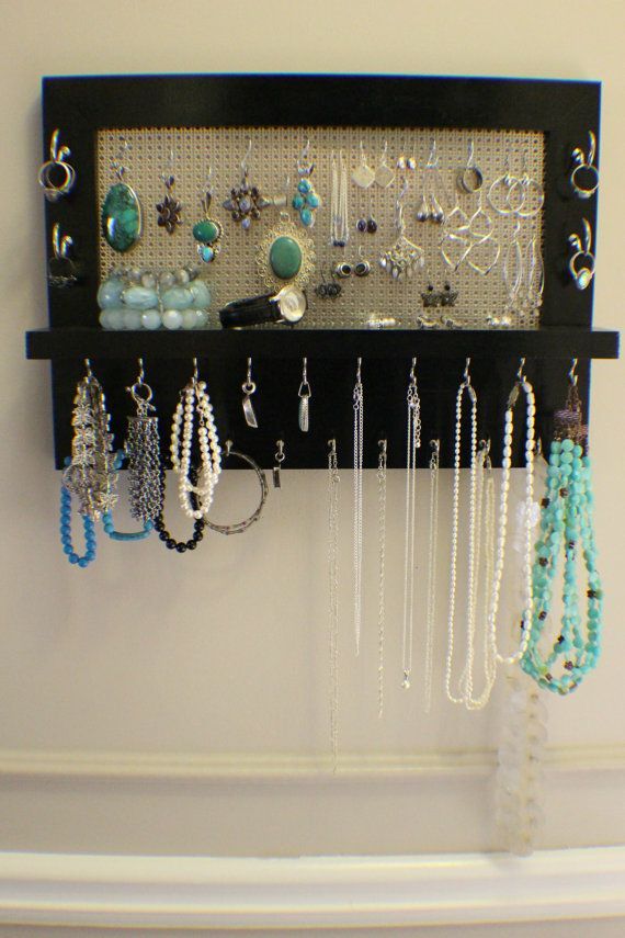 25 best ideas about jewelry organizer wall on pinterest diy jewelry organizer jewelry. Black Bedroom Furniture Sets. Home Design Ideas