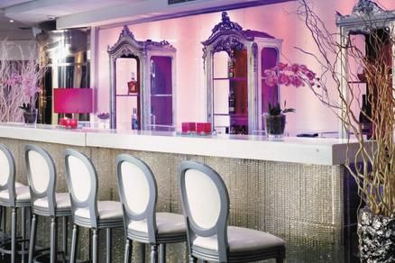 Cool Bar Perfect for a Party at the St. George Lycabettus in Greece