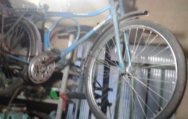 Bicicleta Barra Circular-76 do meu cunhado, ele recusou duas bicicleta nova em troca da mesma.