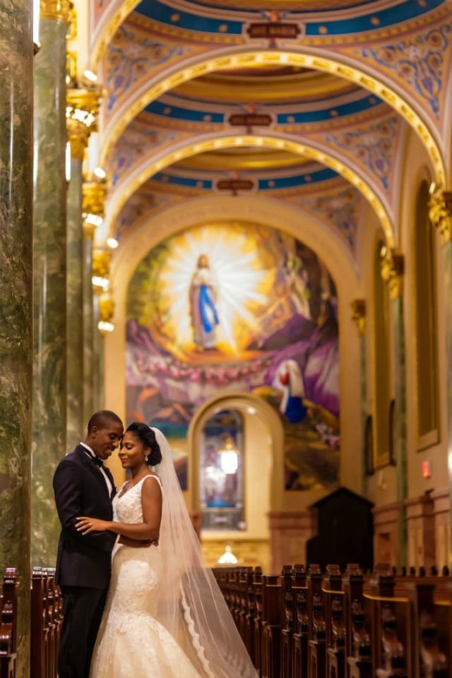 Munaluchi Bride Magazine | Haitian Wedding | Real Weddings | St. Joseph's Cathedral | Dorothy & Reggie | Planned by Victoria Nee-Lartey of Victorious Events NYC | © Alakija Studios