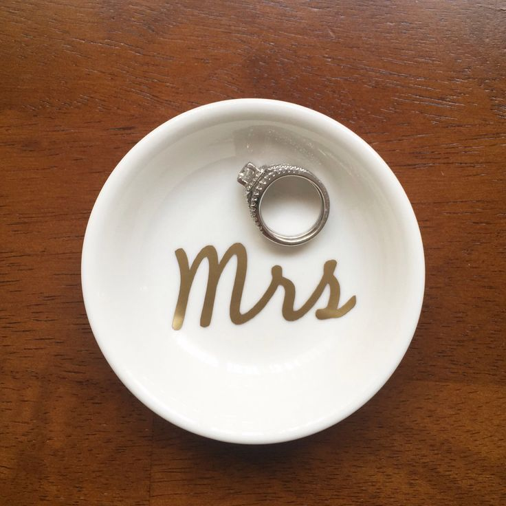 "Personalized ""Mrs"" Ring Dish, Custom Wedding & Engagement Ring Holder, Jewelry Tray by PearlsAndPennies on Etsy https://www.etsy.com/listing/219222230/personalized-mrs-ring-dish-custom"