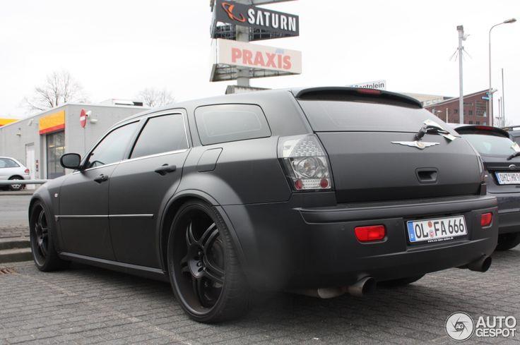 Chrysler 300C Touring SRT-8 2