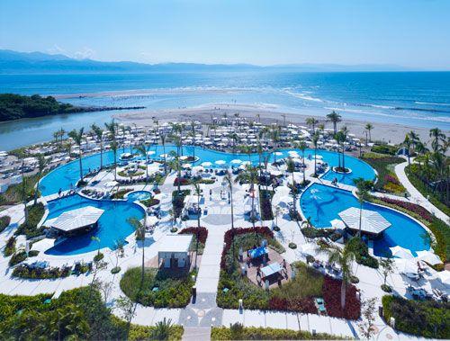Grand Luxxe Nuevo Vallarta in #Mexico! #pools #luxury