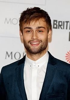 Douglas Booth Educates Himself At TED Talks: 'Pride And Prejudice And Zombies' Star FIlls Instagram With Work To Distract Girlfriend Rumor Spreaders? - http://imkpop.com/douglas-booth-educates-himself-at-ted-talks-pride-and-prejudice-and-zombies-star-fills-instagram-with-work-to-distract-girlfriend-rumor-spreaders/