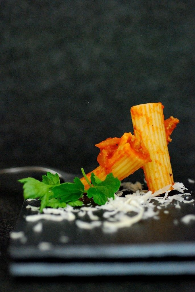 rigatoni met tomaten - gorgonzola saus