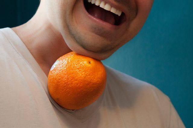 Pass the Orange game using only your chin and neck. Good team building activity. Good #adult party game