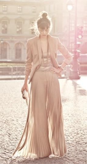 pleated palazzo pants / jumpsuit  #beige #cream #pleats #jumpsuit #blazer #bun #stylish #palazzo #widepants