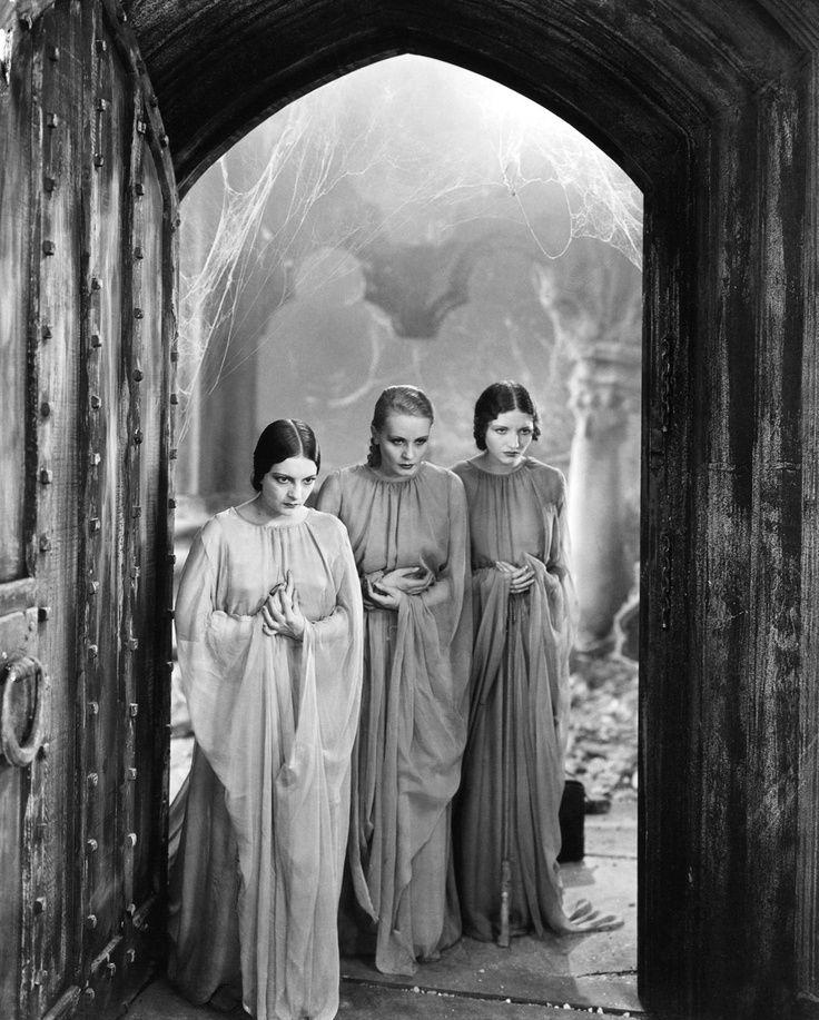 the succubi of Dracula, 1931