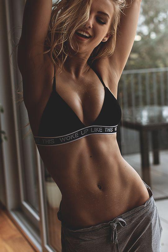 ガリガリ体型よりも、女性らしい曲線美のある体こそ美しいカラダ♡体重を気にするダイエットより、体型を気にするトレーニングを始めませんか?