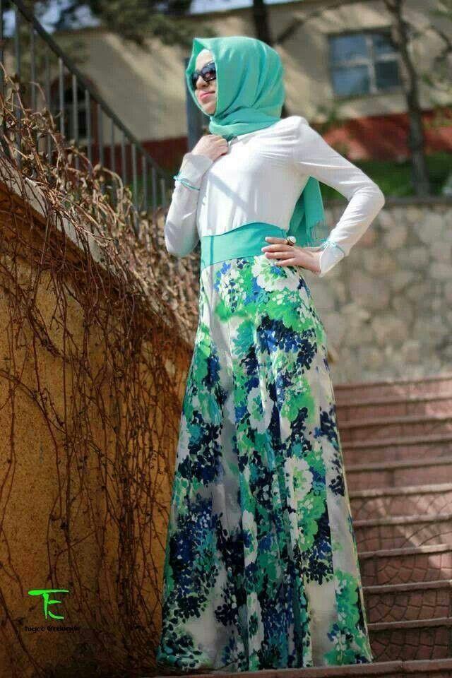 Muslimah fashion. =)