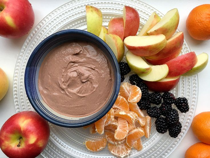 Real Food Fuel: Creamy Dreamy Dark Chocolate Almond Butter Fruit Dip