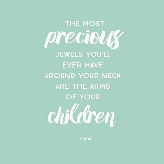 'Il gioiello più prezioso che potrai mai indossare al collo sono le braccia dei tuoi figli'  #quote #motherquote #babyquote #casadelbambino #babyshop #babydesign #mom #mommy #mother #family #mommylife #babystyle  #bestoftheday #follow #photooftheday #picoftheday #adorable #babies #baby #beautiful #cute #infant #instababy #instagood #kid #kids  Scopri di più su ☞ www.casadelbambino.com
