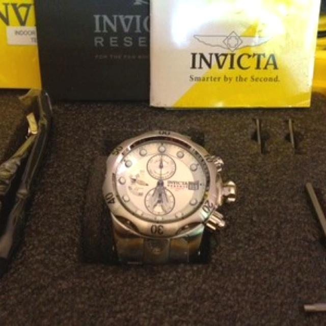 Invicta automatic reserve chronograph: Invicta Automat, Automat Reservation, Reservation Chronograph