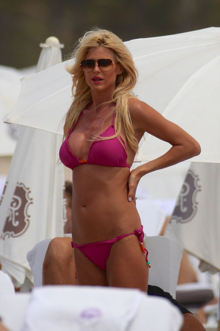 Виктория Сильвстедт' – носить бикини в Майами-18.04.14