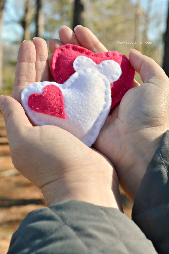 Valentine Craft Idea: DIY Heart Hand Warmers