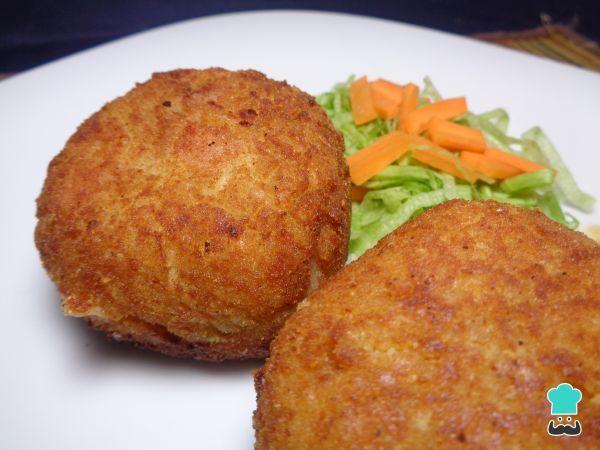 Receta de Croquetas de arroz con jamón y queso #RecetasGratis #RecetasdeCocina #RecetasFáciles #RecetasparaNiños #ComidaDivertidaparaNiños #CocinaCreativa #Croquetas
