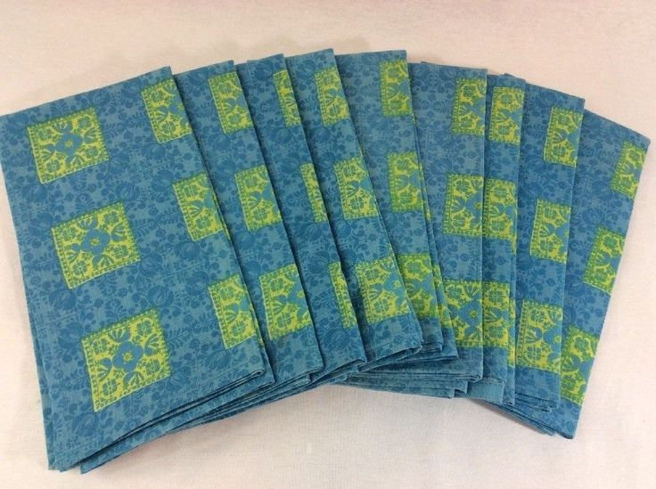 "Williams Sonoma Cloth Napkins 20"" x 20"" Blue Yellow Floral Set of 9 - $50.00 on ebay....  found 4 for $3.00"