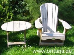 "The Original Adirondack Bear Chair is een klassiek Noord-Amerikaanse tuinmeubel gemaakt van Canadees rood cederhout door de ""Bear Chair Company"" in South River, Ontario, Canada"