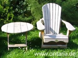 "The Original Adirondack Bear Chair is een klassiek Noord-Amerikaanse tuinmeubel gemaakt van Canadees rood cederhout door de ""Bear Chair Company"" in South River, Ontario, Canada"