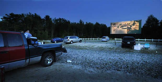 52 best images about drive in theaters on pinterest for Drive in movie theaters still open