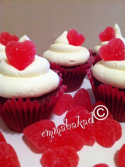 Valentines cupcakes red velvet