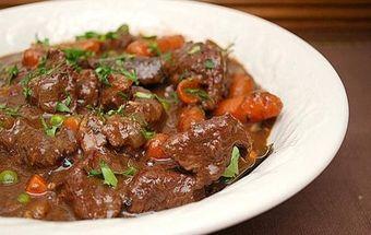 Мясо с подливкой в мультиварке - вкусное и очень полезное блюдо из говядины с овощами!