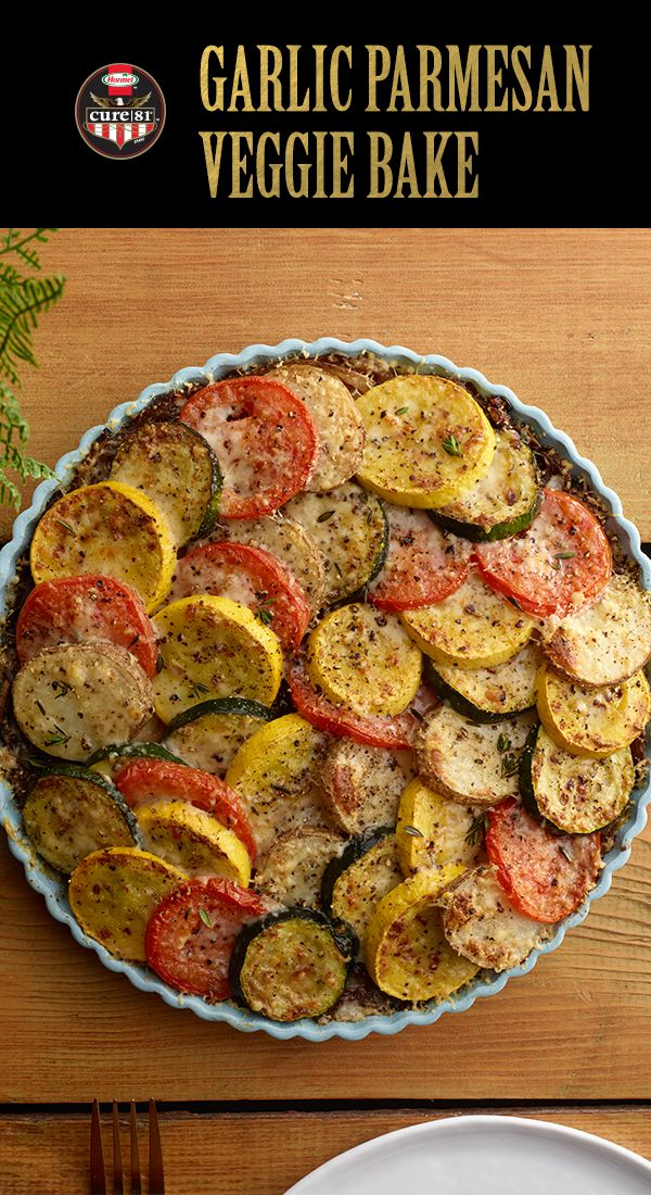 This Garlic Parmesan Veggie Bake is so tasty and a colorful addition to your Easter table! | Easter Brunch | Easter Side Dish | Easter Recipes | Easy Side Dish | Garlic Parmesan Veggie Bake