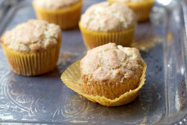 Snickerdoodle Muffins via: Food Fanatic My husband will love these! His favorite cookie is Snicker Doodles! :)