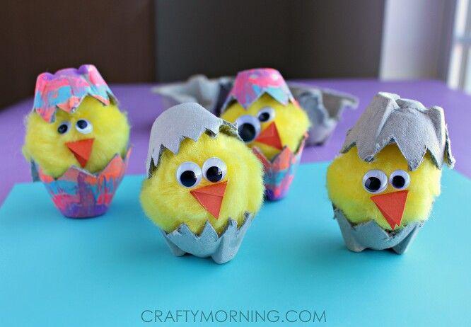 Little baby chicken egg carton craft
