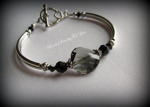 Etsy listing at https://www.etsy.com/listing/183620253/nine-piece-bridesmaid-gift-set-black