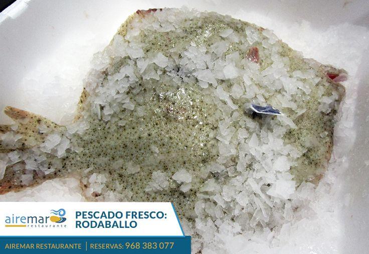 ya hemos recibido hoy el pescado fresco para este fin de semana ¿apetece por ejemplo rodaball al horno? infórmate y reserva mesa en el 968383077