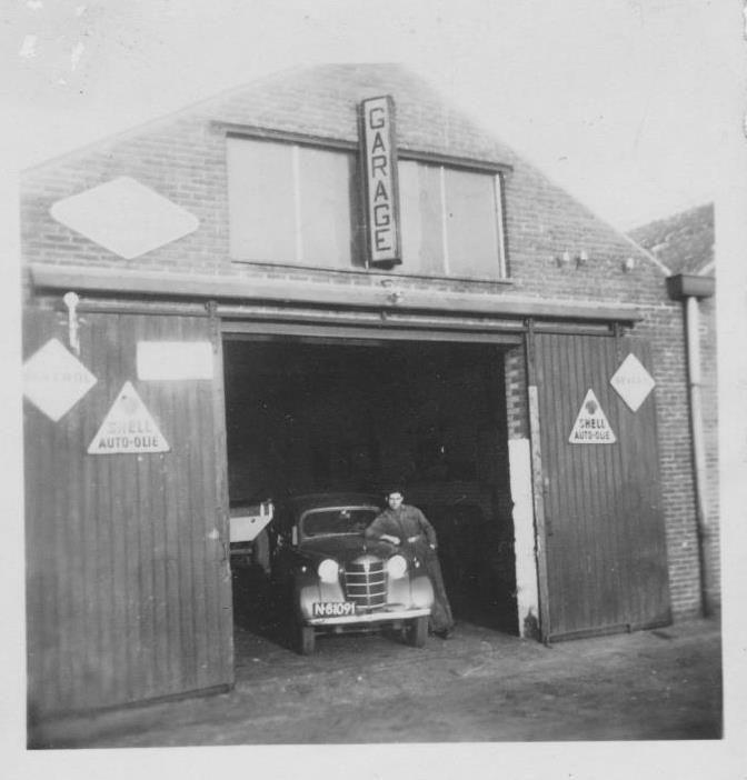 Someren garage Linden vanuit Asten voor de Zuid-Willemsvaart rechts.