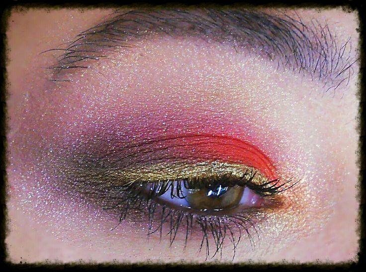Red eyeshadow Makeup Special #maccosmetics #sparckle