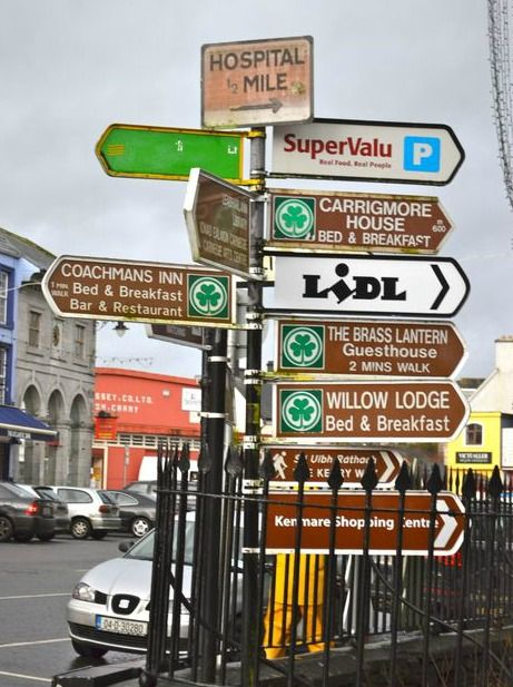 Driving in Ireland: Tips, Tricks, and Watch Outs