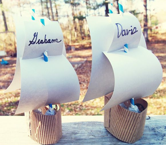 How to Make a Mayflower Craft for Thanksgiving out of coffee sleeves and egg cartons! #DIY #ThanksgivingCraft