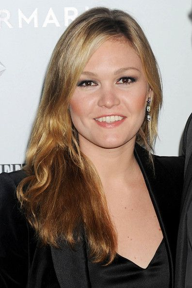 """julia stiles 