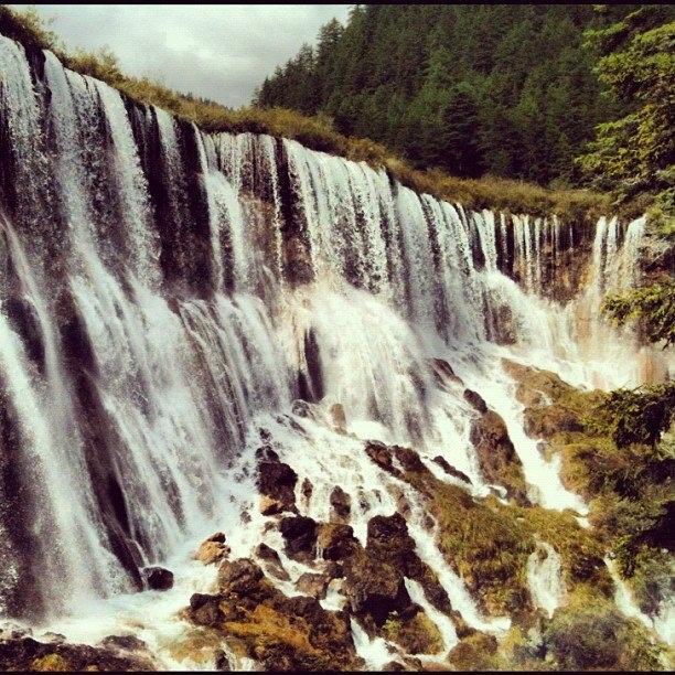 Nuo Ri Lang waterfall, Jiu zai gou China