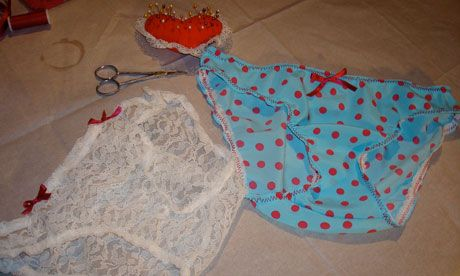 How to make your own knickers - An original way of recycling Tshirts, leftover fabric etc. And an elaborate way of avoiding doing laundry.