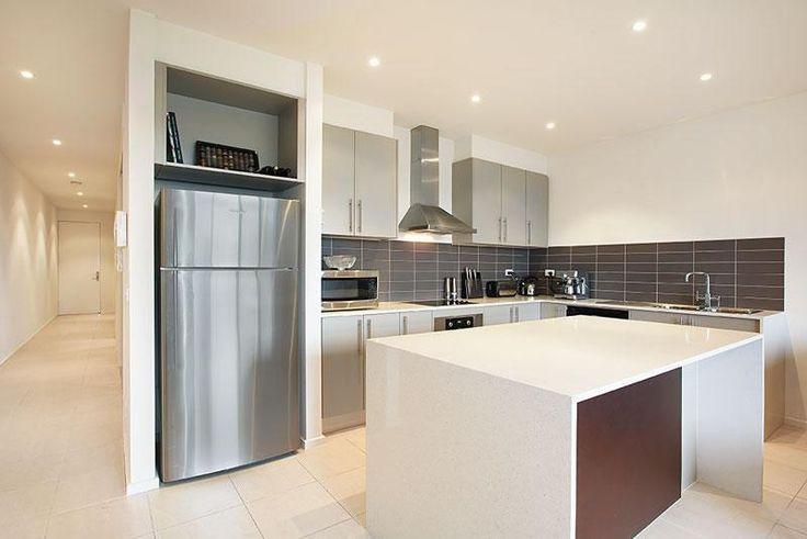 | 7/487 Highett Road, Highett VIC 3190 |2 bedroom|1 car space|$420 per week|Heating/Cooling|Balcony|